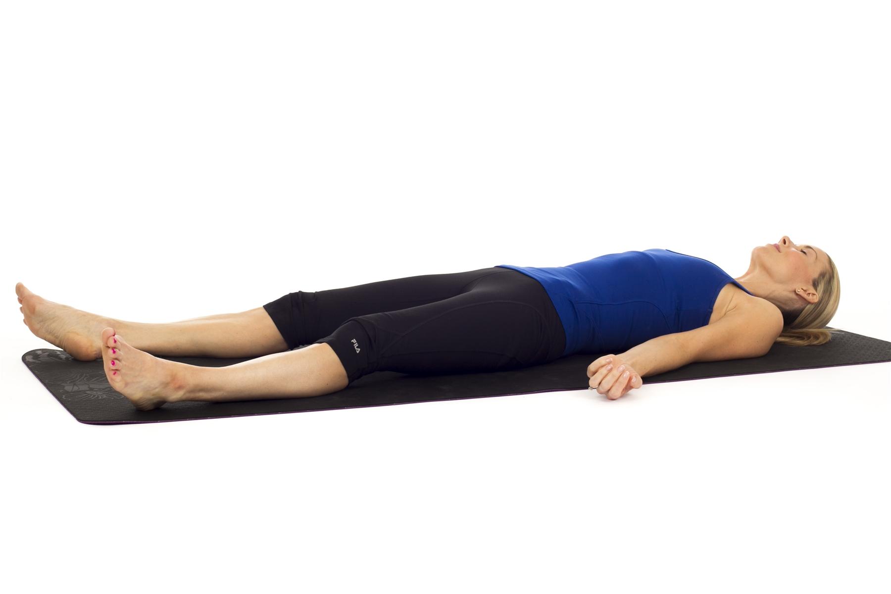 """Tại sao tư thế """"Xác chết"""" lại là tư thế khó nhất trong yoga"""