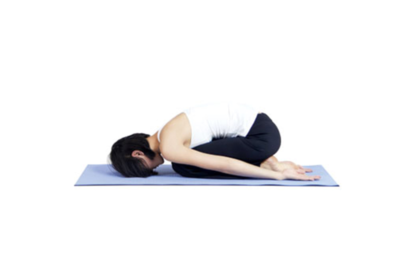 Kết quả hình ảnh cho Tư thế yoga em bé
